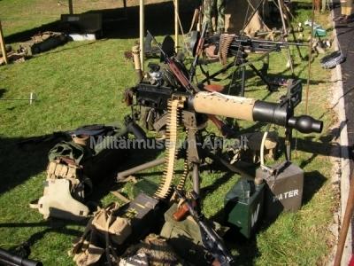 <p>Auf dem Museumsgelände fand auch eine Waffenausstellung der britischen Armee statt</p>
