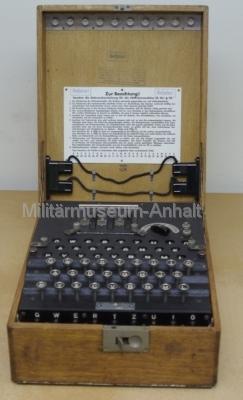 <p>Enigma - Ausführung für das Heer (3 Walzen)</p>
