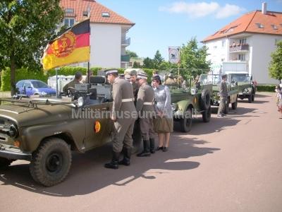 <p>Festumzug 300-Jahr-Feier Dessau-Roßlau</p><p>Fachsimpelei und Vorbereitung des Marschbandes</p>