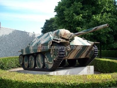 <p>deutscher Jagdpanzer 38(t)</p>