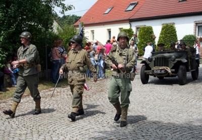 <p>Teilnahme am Festumzug zum Sachsen-Anhalt-Tag 2008 in Merseburg</p><p>während des Umzuges</p>