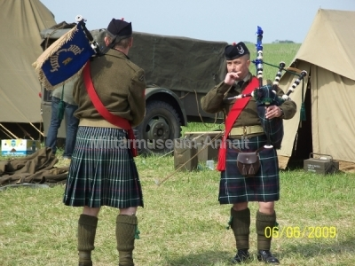 <p>Auch die Schotten waren mit ihren Dudelsäcken anwesend.</p>