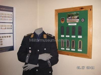 <p>Sonderausstellung Herbst 2008</p><p>Uniform, Dienstgrade und Effekten der Bundeswehr</p>