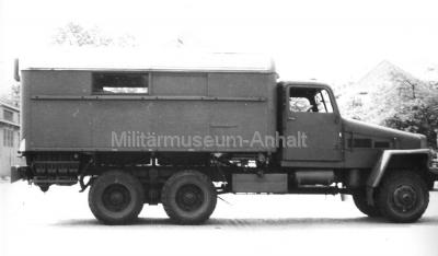 <p>Die ersten mobilen Funkaufklärungsgerätesätze waren auf G5 untergebracht. Als Empfänger dienten R-250 M1.</p>