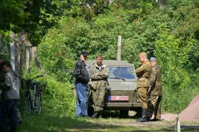<p>Sonderausstellung Frühjahr 2009 - Die Bundeswehr in Dessau und Roßlau</p><p>Fachsimpelei</p>