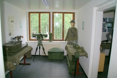<p>Sonderausstellung Frühjahr 2009 - Die Bundeswehr in Dessau und Roßlau</p><p>Ausrüstung von NVA-Pionieren</p>