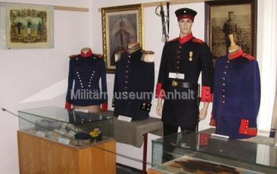 <p>Uniformen der Kaiserzeit</p>
